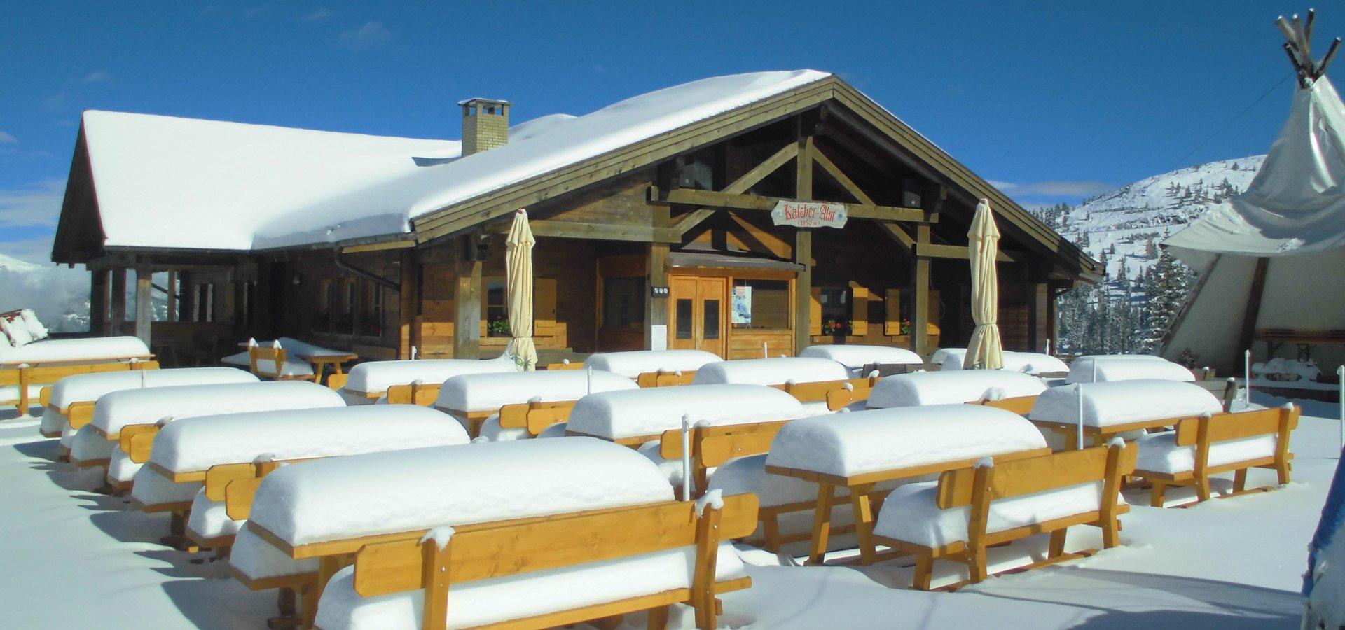 kalcheralm-skihuette-winterurlaub